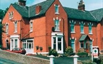 Oaklands Hotel & Acorn Lodge